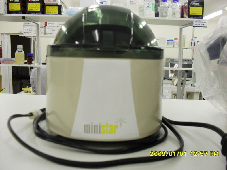 Minicentrífuga 6200 rpm