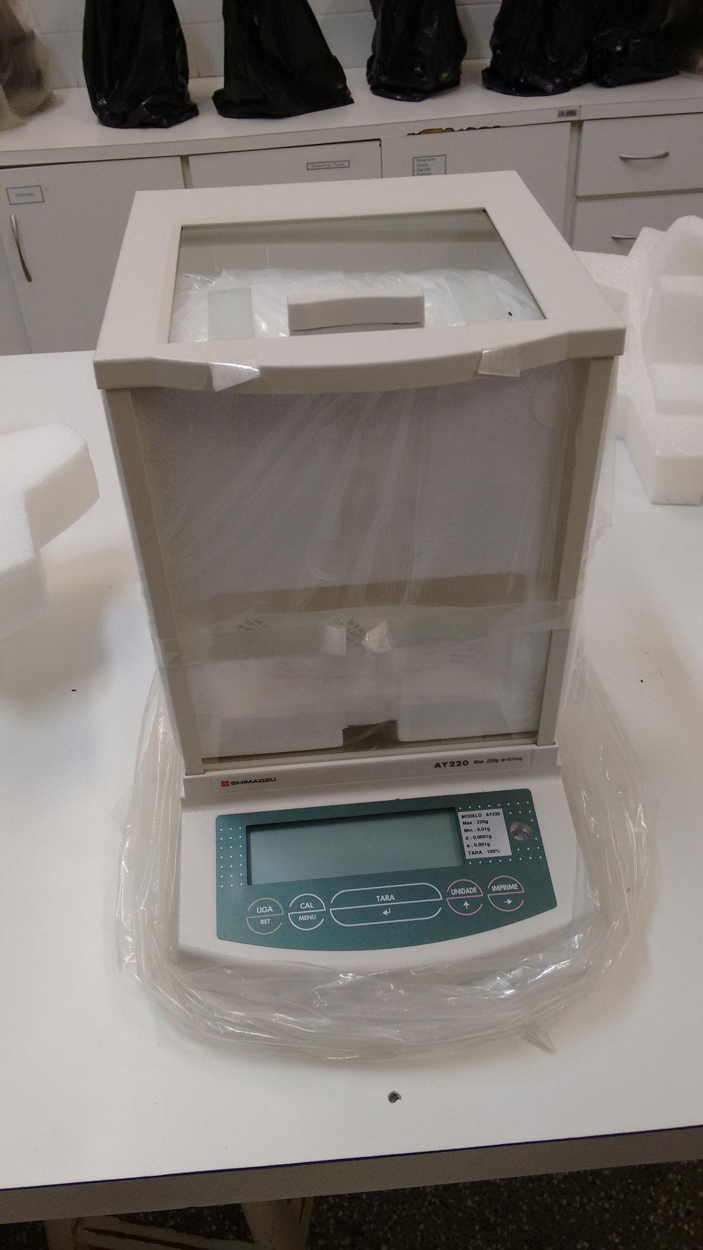Balança Analítica Eletrônica Cap. 220 Gramas Sens. 0,1mg, Diametro Da Plat.8cm Shi-Ay-220